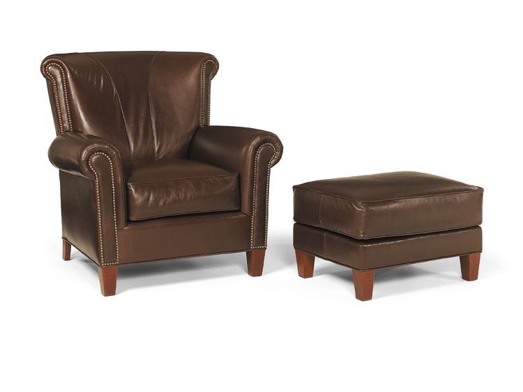 2142 Gillham Chair
