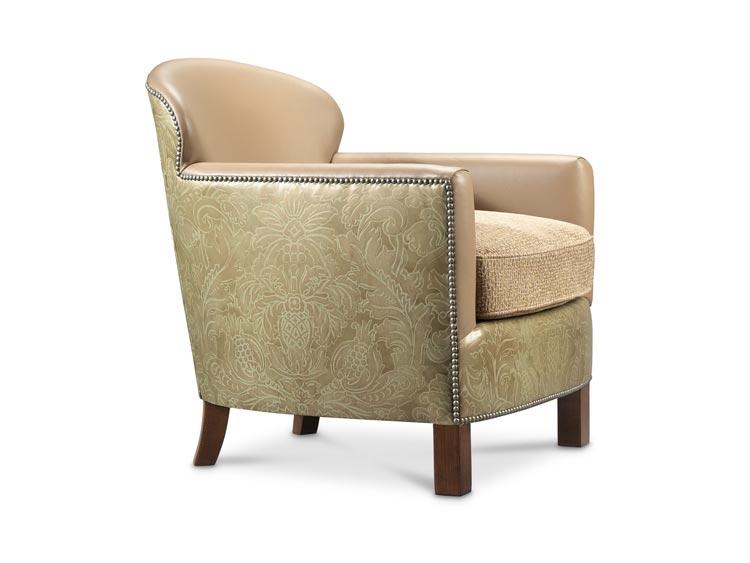 2872 Magnus Chair