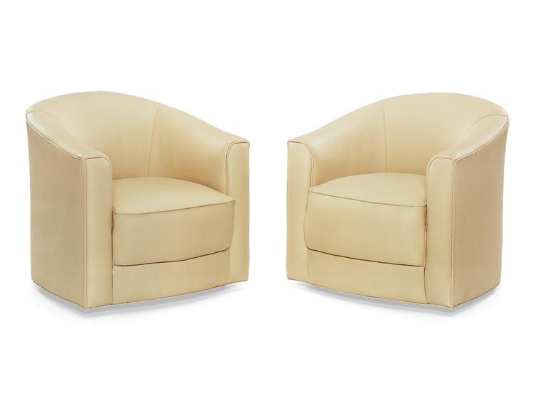 4212 Romneus Swivel Chair - QS Frame